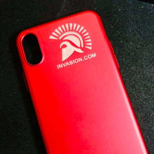 Machine engraved smartphone case